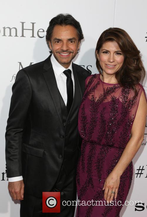 Eugenio Derbez and Alessandra Rosaldo 11