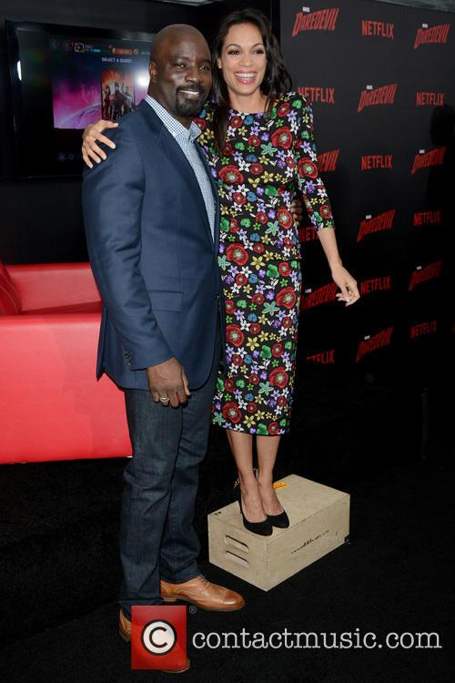 Mike Colter and Rosario Dawson 3