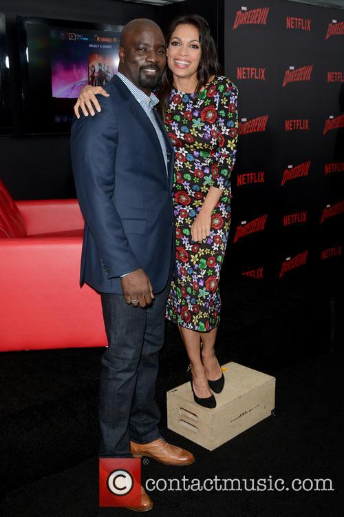 Mike Colter and Rosario Dawson 4