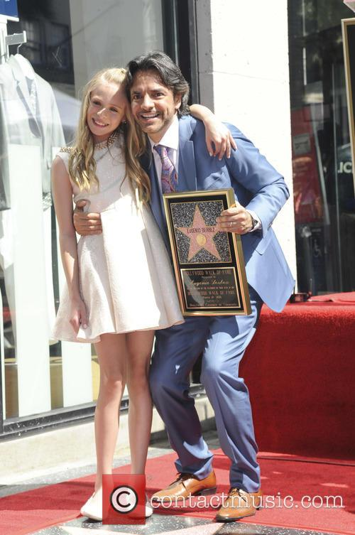 Brighton Sharbino and Eugenio Derbez 3