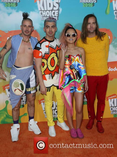 Cole Whittle, Joe Jonas, Jinjoo Lee and Jack Lawless 4