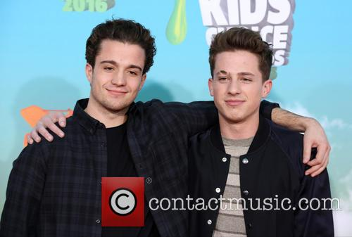 Guest and Charlie Puth 4