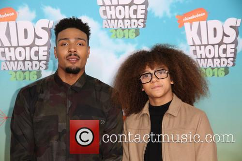 Jordan Banjo and Perri Kiely 2