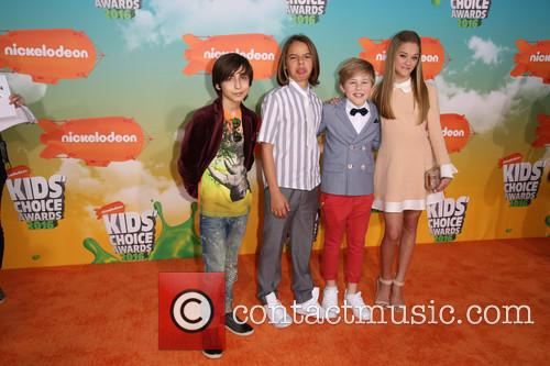 Aidan Gallagher, Mace Coronel, Casey Simpson and Lizzy Greene 2