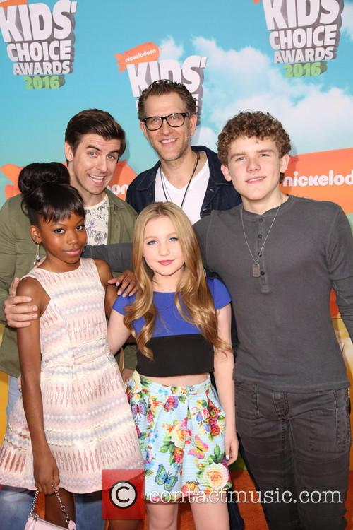 Cooper Barnes, Ella Anderson, Riele Downs, Sean Ryan Fox and Jeffrey Brown 2