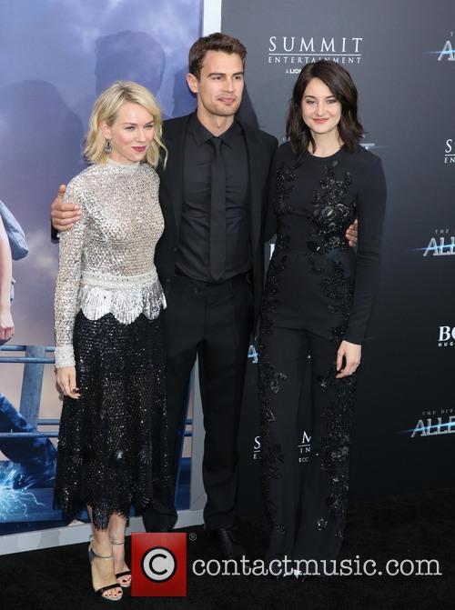 Naomi Watts, Theo James and Shailene Woodley 3