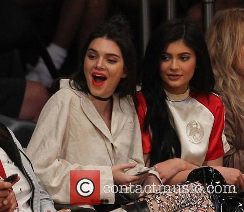 Kylie Jenner and Kendall Jenner 4