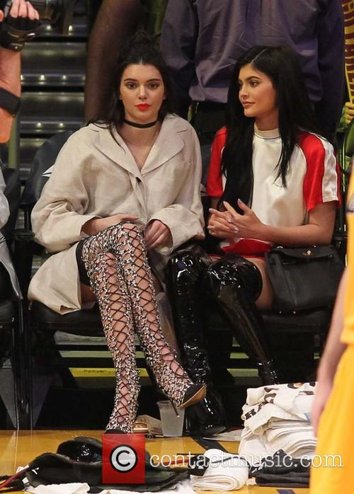 Kylie Jenner and Kendall Jenner 7