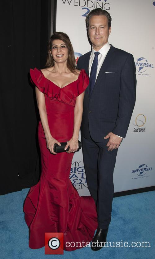 Nia Vardalos and John Corbett 5