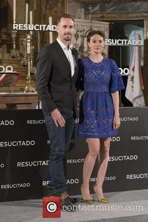 Joseph Fiennes and Maria Botto 3