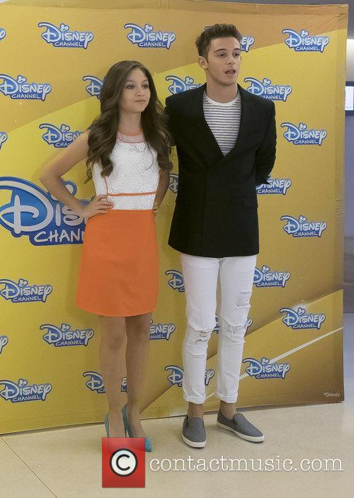 Karol Sevilla and Ruggero Pasquarelli 1