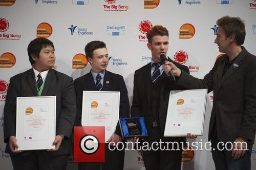 Dallas, Stuart Chau, Ethan Dunbar Baker, Rogan Mcgilp and Winners Uk Young Engineers Of The Year 2016 1