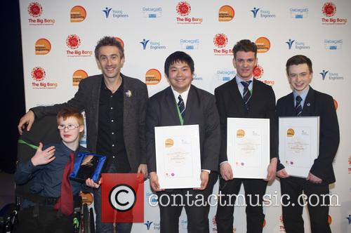 Dallas, David Mcgilp, Stuart Chau, Ethan Dunbar Baker, Rogan Mcgilp and Winners Uk Young Engineers Of The Year 2016 10