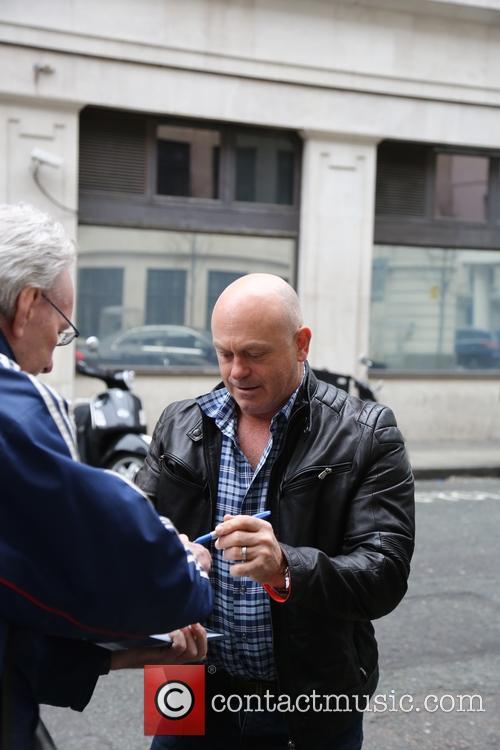 Ross Kemp arrives at Radio 2