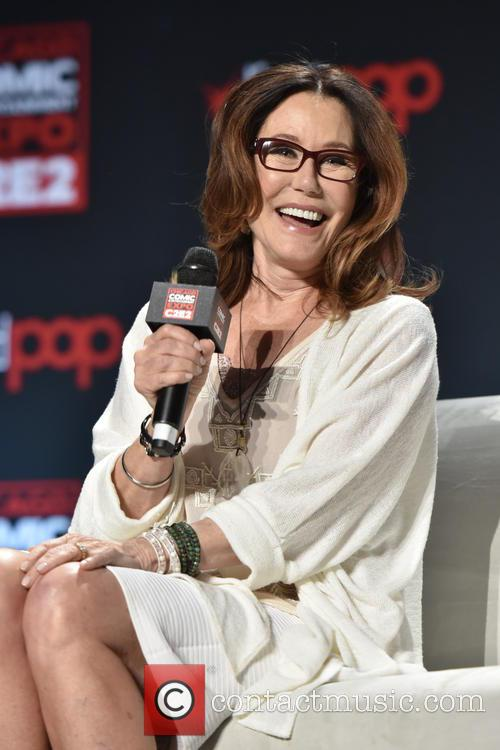 Mary Mcdonnell 4