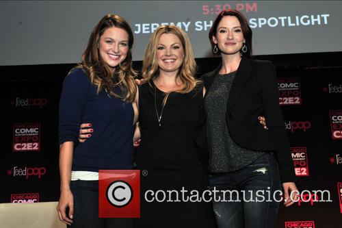 Melissa Benoist, Clare Kramer and Chyler Leigh 11