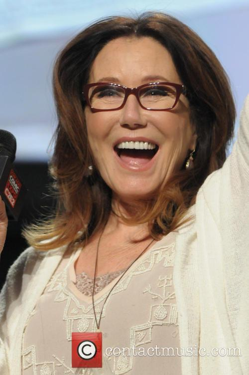 Mary Mcdonnell 6
