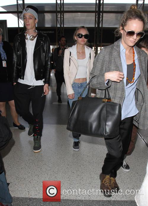 Lily Rose Depp, Ash Stymest and Vanessa Paradis 2