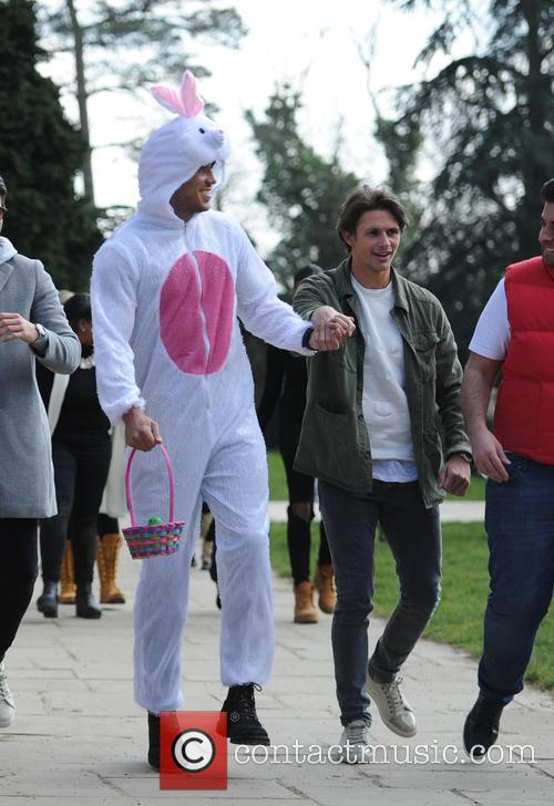 The cast of TOWIE film an easter egg...