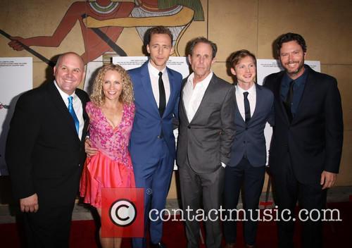 James Dumont, Denise Gossett, Tom Hiddleston, Marc Abraham, Josh Brady and Will Beinbrink 5