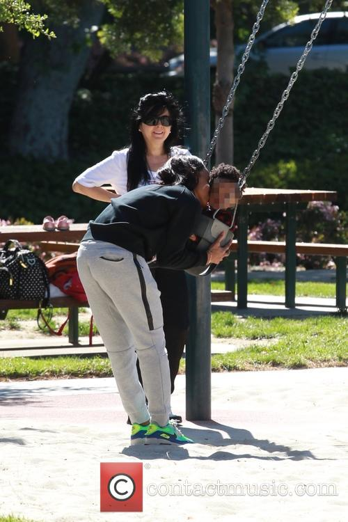 Kelly Rowland and Titan Jewell Witherspoon 7