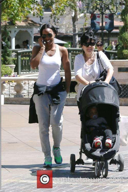 Kelly Rowland out shopping at The Grove