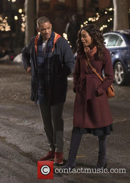 Will Smith and Naomie Harris 10
