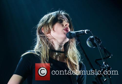 Wolf Alice and Ellie Rowsell 4