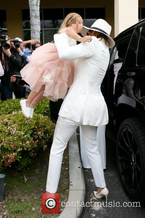 Khloe Kardashian and Penelope Disick 10