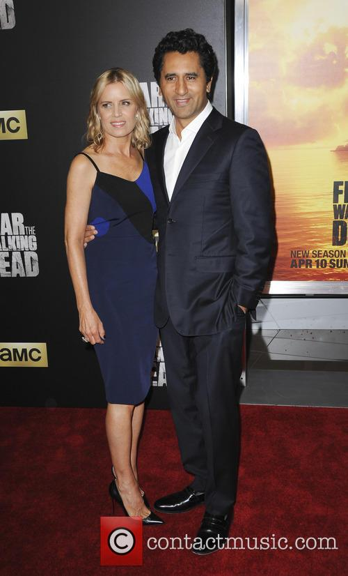 Kim Dickens and Cliff Curtis 1