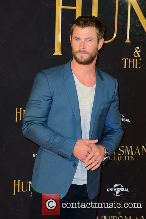 Hear Chris Hemsworth Give A Dramatic Reading Of Rihanna's 'Work'