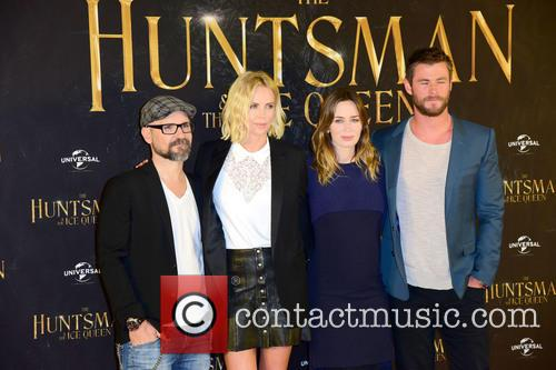 Cedric Nicolas-troyan, Charlize Theron, Emily Blunt and Chris Hemsworth 3