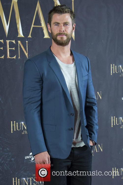Chris Hemsworth 11