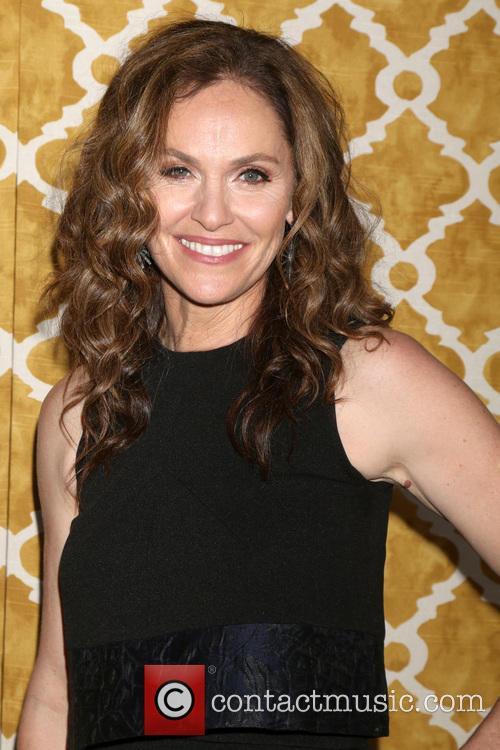 Amy Brenneman 2