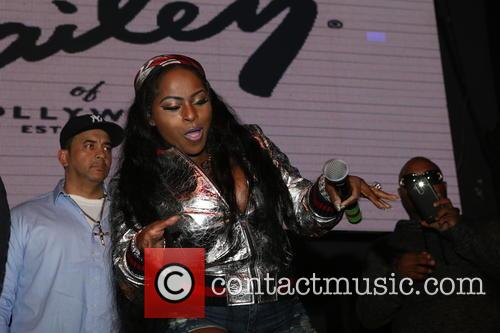 Foxy Brown 8
