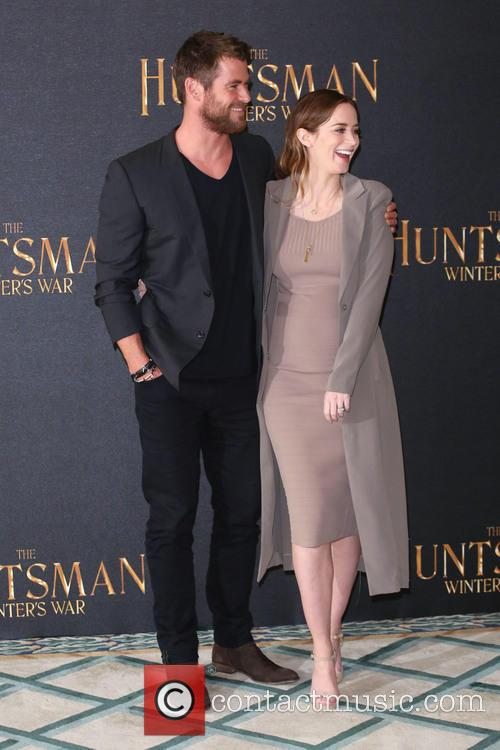 Chris Hemsworth and Emily Blunt 6