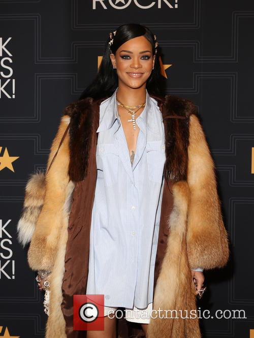 Rihanna Overtakes The Beatles For Most Weeks At Number One In The Us