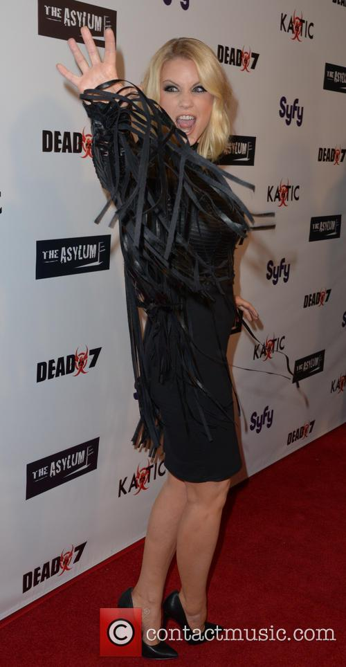 Carrie Keagan 8