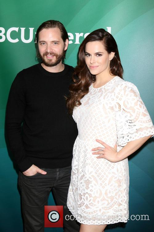 Aaron Stanford and Emily Hampshire 1