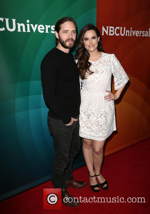 Aaron Stanford and Emily Hampshire 4