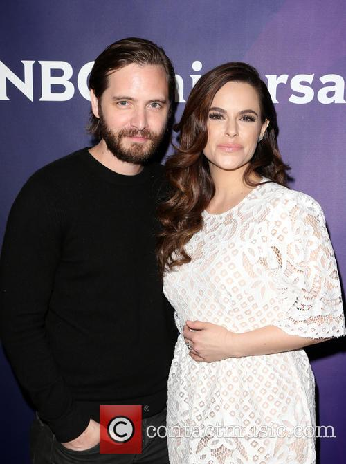 Aaron Stanford and Emily Hampshire 11