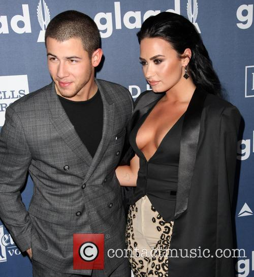 Nick Jonas and Demi Lovato 1