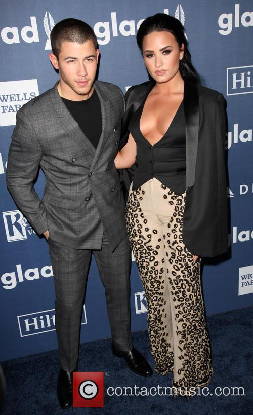 Nick Jonas and Demi Lovato 4