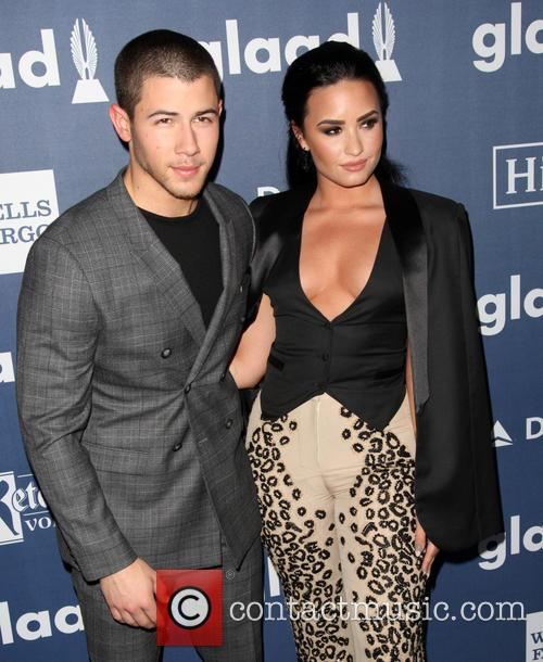 Nick Jonas and Demi Lovato 7