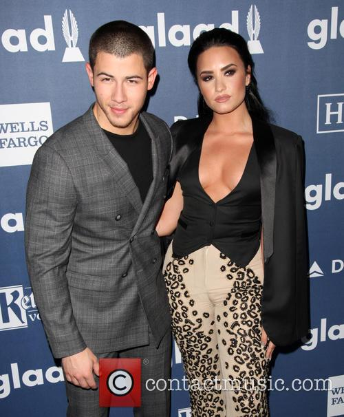 Nick Jonas and Demi Lovato 8