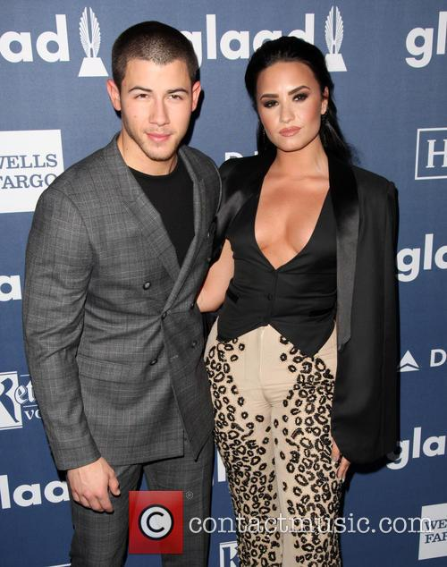 Nick Jonas and Demi Lovato 9