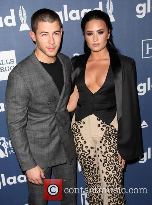 Nick Jonas and Demi Lovato 10