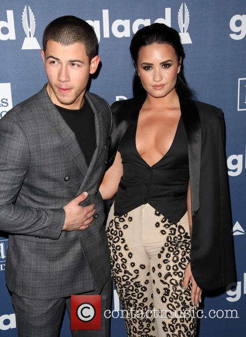 Nick Jonas and Demi Lovato 11