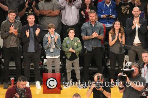 Steven Gerrard, Robbie Keane, David Beckham, Romeo Beckham and Cruz Beckham 1