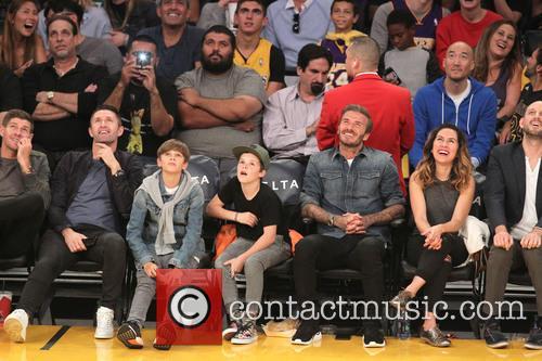 Steven Gerrard, Robbie Keane, David Beckham, Romeo Beckham and Cruz Beckham 6